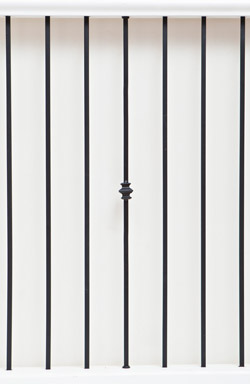 IB 126 and PL 12 basic range iron baluster